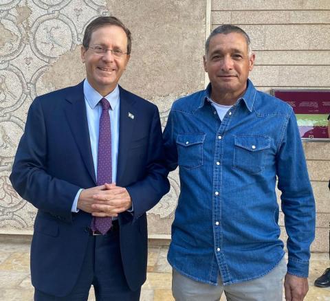 ירון בלחסן עם נשיא המדינה יצחק הרצוג